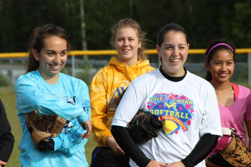 Wasilla Alaska Cindy Bristow of Softball Excellence working with Northern Star